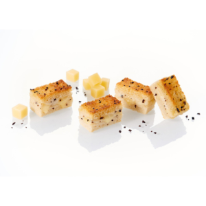 Mini croque-monsieur fingers with Comté PDO* cheese and white summer truffle